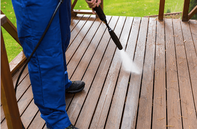 deck cleaning pearland