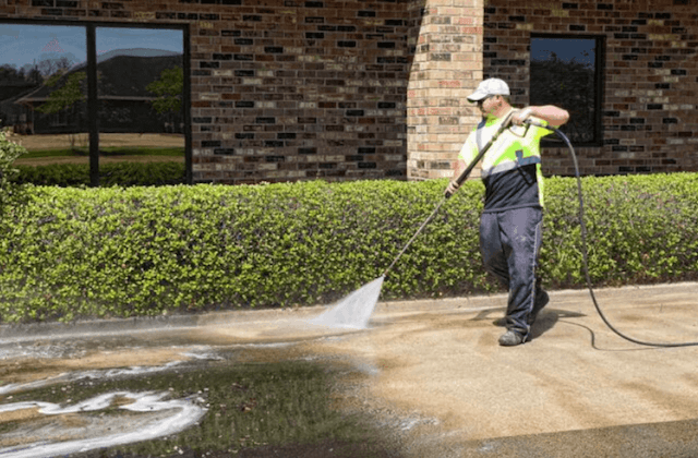 commercial concrete cleaning in pearland